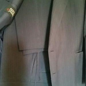 Reed St James Suits & Blazers - Mens suit